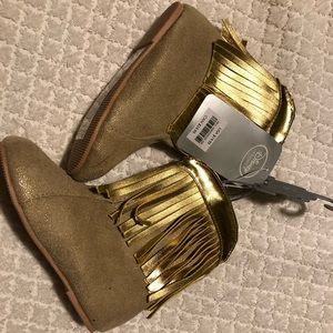 Gold Pocahontas booties for girl